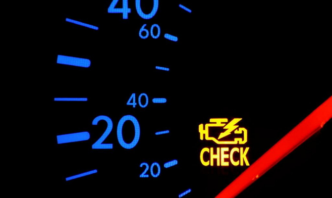 Загорелся check engine в автомобиле